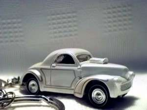 1941 Ford Willys Pearl White Willys Hot Rod Key Chain