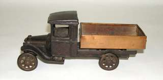 Arcade Cast Iron Ford Model T Stake Dump Truck  (DP)