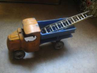 Vintage Old Original Collectible Rare 1930s Toy Dump Truck & Ladders