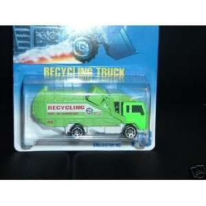 Mattel Hot Wheels 1991 164 Scale Green Recycling Truck Die Cast Car